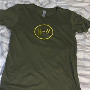 Twenty one pilots trench shirt